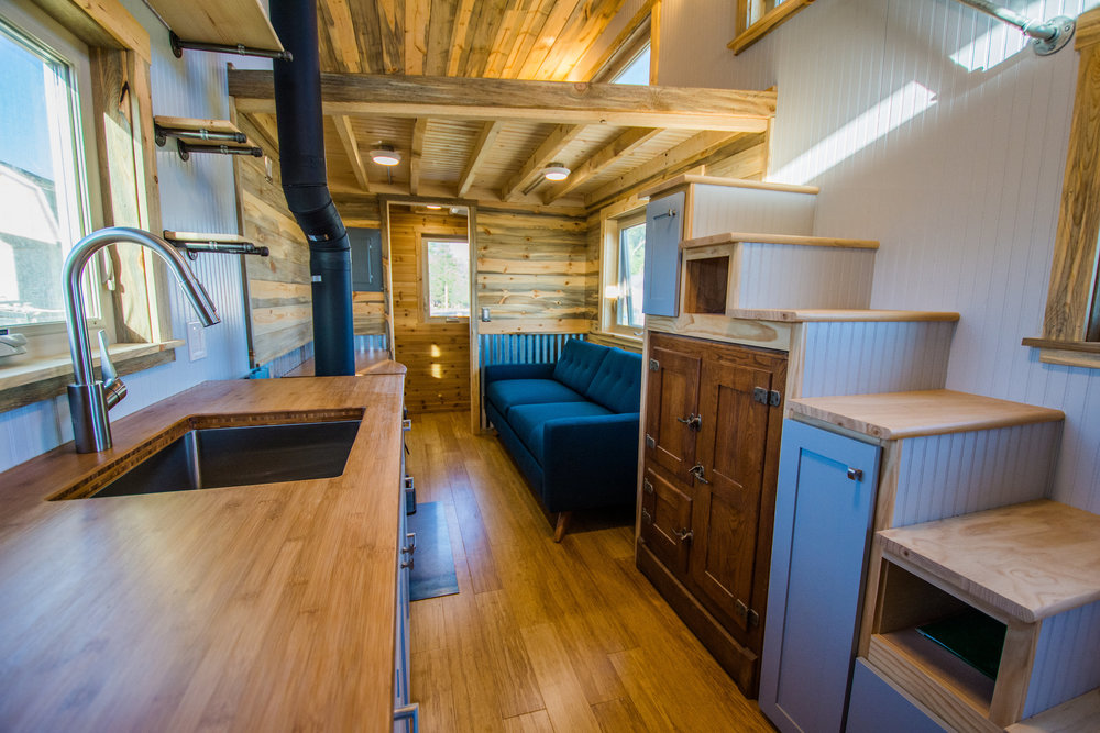 Dennis' Tiny House on Wheels