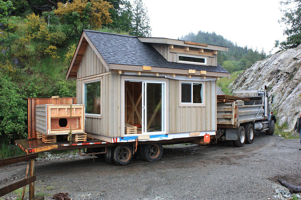 Gambier Island Cabin Home Delivery 2