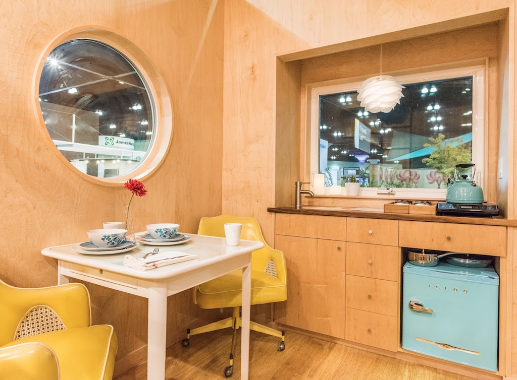 Sol Pod Kitchen