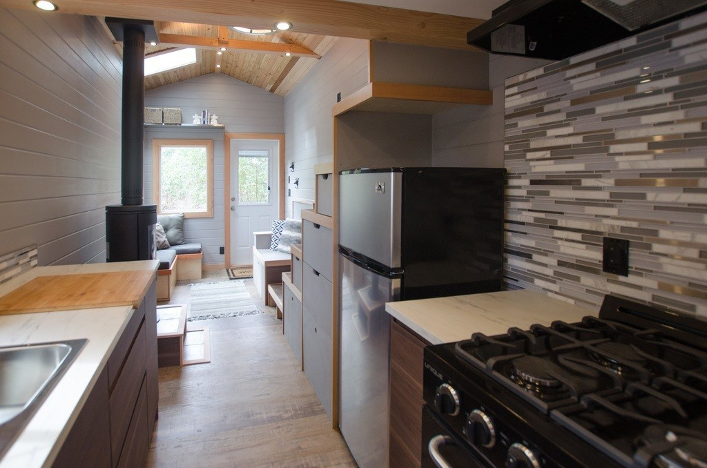 The Blue Heron by Rewild Homes - Kitchen